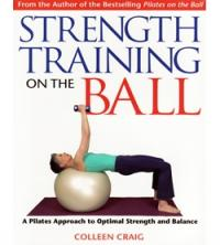 Libro Strenght Training on the ball, inglese